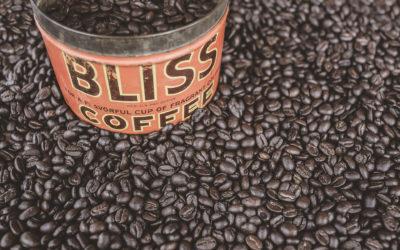 czy picie kawy wydłuża życie?